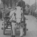Bas Konings rijdt naar de veiling 1938