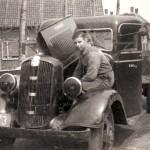 Vrachtwagen met laadbak van Kreuk